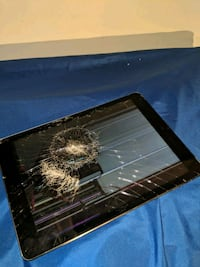 Ipad Locked Lost and found w/Damaged Gatineau, J8T 1W2