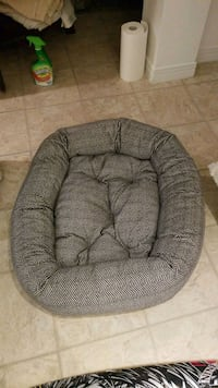 Dog bed  Barrie, L4M 1R1
