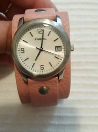 Pink leather FOSSIL watch  Toronto, M4P