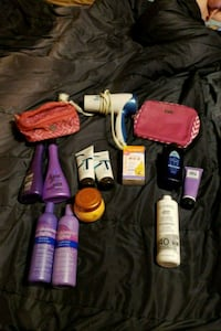 Lot of Womens gently used products Columbia, 38401