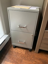 Filing cabinet  Pointe-Claire, H9R 1Z2