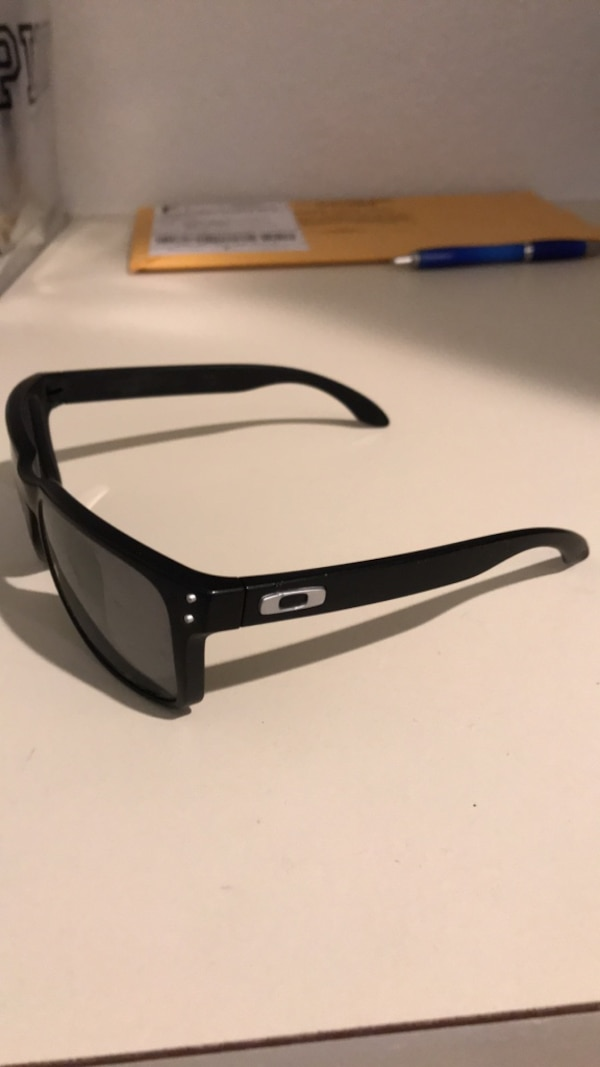 cd3c21cc5d Used Oakley Holbrook glasses for sale in Garden Grove - letgo