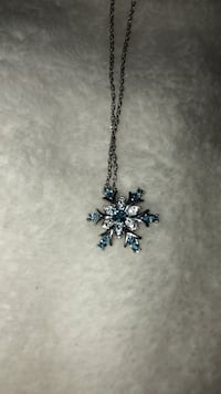 Sterling silver snowflake necklace with turquoise stones