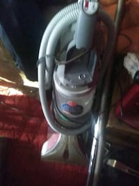 white and gray upright vacuum cleaner Detroit, 48238