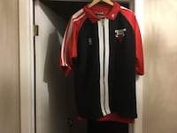 black and red Chicago Bulls zip-up jacket
