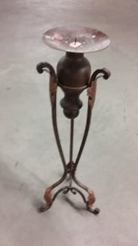 Chandelier Candle Stand  Ville St Laurent 5$ Montreal