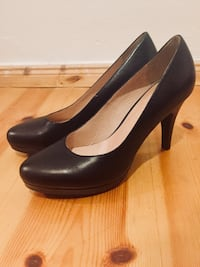 New Black Leather Pumps Berlín, 10439