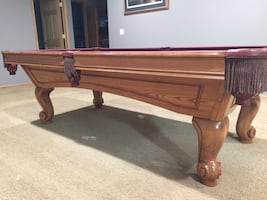 Pool table, excellent shape