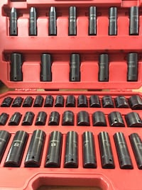 Craftsman socket set Manchester, 03101