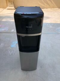 Primo bottom load water dispenser.  Hot and cold water.  Great condition! Ventura, 93003