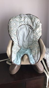 Baby table booster Mississauga, L4Y 2H1