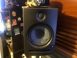 Studio Monitors w/ Subwoofer