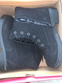 Black boots size 7 Los Angeles, 90014