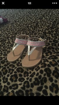 Toddler sandals. Size 7
