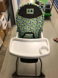Baby's white and black high chair Chantilly, 20151