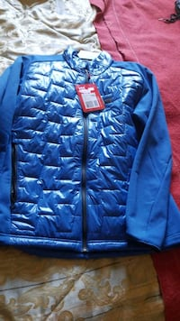 Helly Hansen insulator puff  jacket mens large   Victoria, V8V 1T3