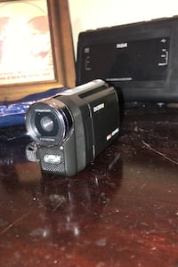 Bell Howell DV200HD Camera (Barely used)