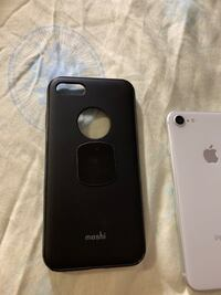 Iphone 8 64 gb Richmond, V6Y 2B3