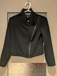 Black thick sweater jacket size small hardly worn  Calgary, T2E 0B4