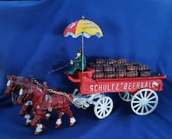 Vintage Schultz Beer & Ale Cast Horse Drawn Steel Delivery Wagon Toy Display