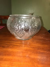 Large Glass Punch Bowl  Las Cruces, 88012