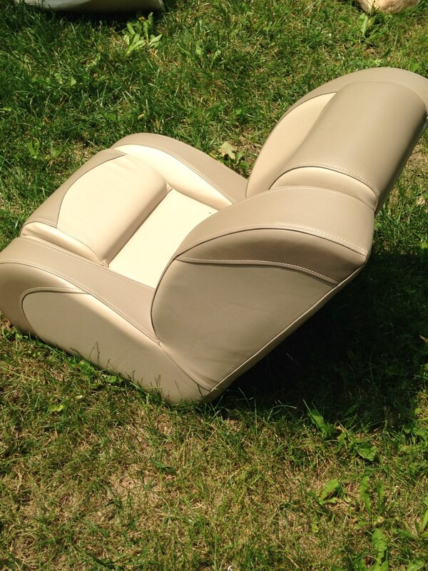 Captain Boat Seats >> Captain Chair Boat Seats Too Big For My Boat Paid 400 For Both Will Sell For 300