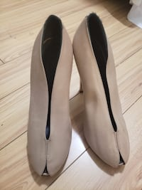 100% authentic Celine heels in nude 36 Vancouver, V6G 0A2