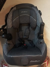 baby's black and gray car seat Brampton, L6Y 5M6