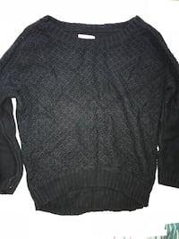 Knit sweater  Toronto, M8Y 2Z9