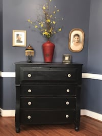 Antique empire style  chest of drawers Fredericksburg, 22406