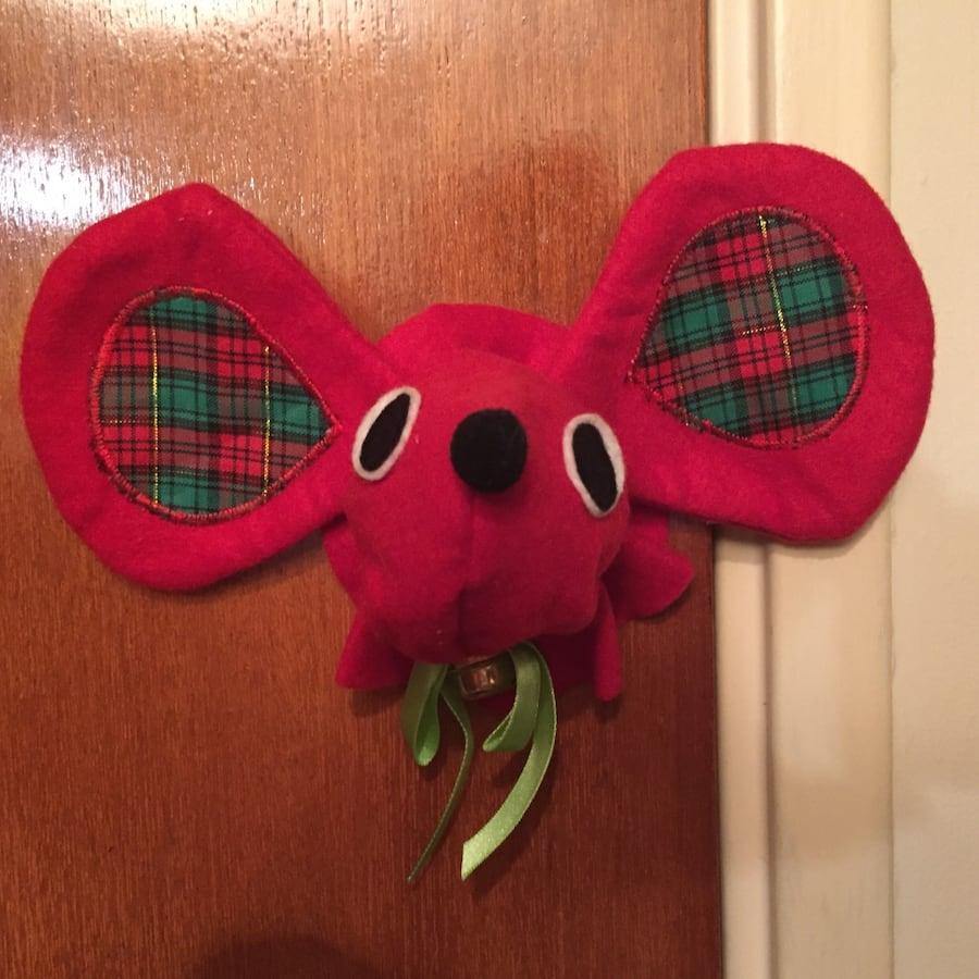 Christmas Mouse Door Knob Decoration