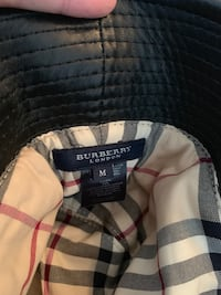 Authentic BURBERRY BUCKET HAT  Vancouver, V5Z
