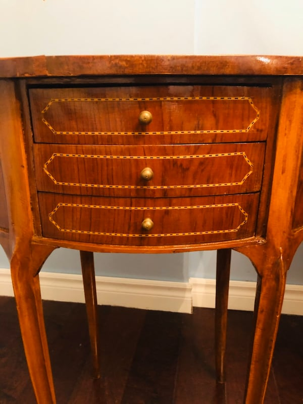 Two antique french oval night stand or side tables with drawers 1f6e51fd-61dc-4525-b6e5-2d01e7354471