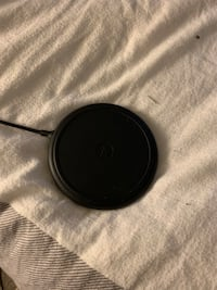 Mophie Wireless Charger , V9C 0J9