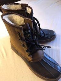 Winter boots women size: 7 Annandale, 22003