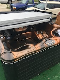 Hot tub. Was 13k. Discounting whole showroom. Brand new. Never been used Alexandria, 22306
