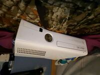Xbox360 with controller  Rushville, 46173