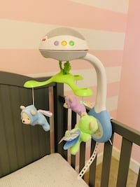 Fisher-Price Deluxe 3-in-1 Crib Mobile Vienna, 22182