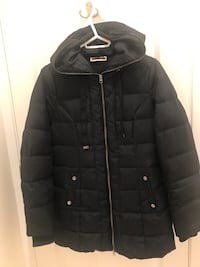 Black winter jacket - size M  Richmond, V7E