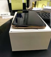 IPhone X in Gold color