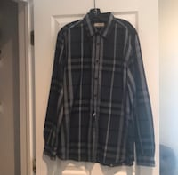*Authentic* Burberry button down shirt Newark, 07103