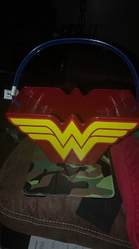 Wonder Women  pail New Anniston, 36207