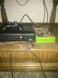 Xbox 360 with 10 games and 1 controller Delphos, 45833