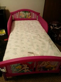 toddler's pink bed frame with mattress Grand Rapids, 49508