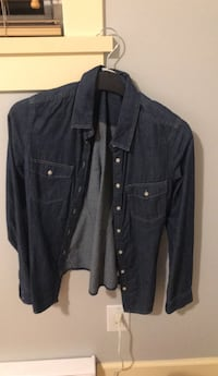jean button-up jacket Burnaby, V3N 1S2