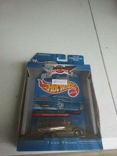 silver and black Hot Wheels tank truck toy