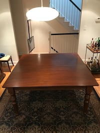 Dinning Table Mc Lean, 22101