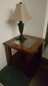 Side table! Los Angeles, 90012