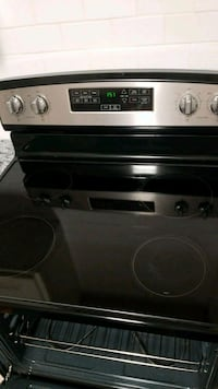 black and gray induction range oven Garland