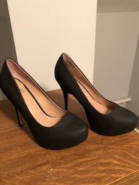 Black heels Windsor, N8Y 3C6